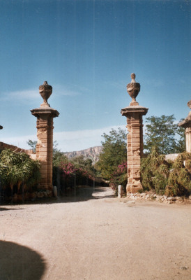 ZY 174 At the Villa Valguarmera Bagheria Sicily 2004 -